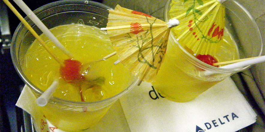 Do-it-yourself cocktails for the plane!